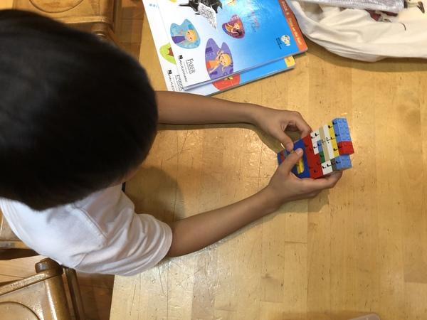 レゴブロックで4拍子に挑戦!